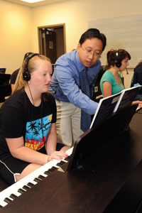 teaching activity in the piano lab