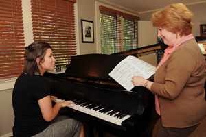 photo of interaction in the piano studio